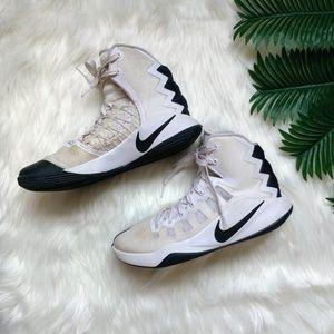 Women's Nike Hyperdunks Size 9.5